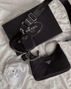 Prada Nylon Black Re-edition 2005 Bag
